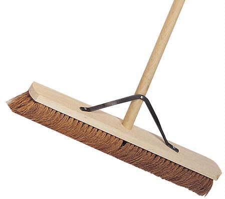 "Platform Broom 24"""